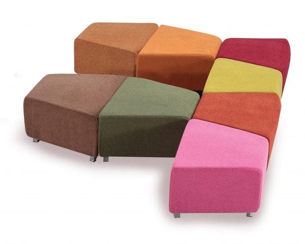 durable clip lounge